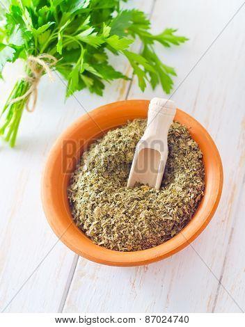 dry parsley