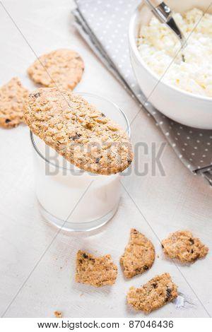 Healthy Breakfast With Cottage Cheese, Grain Cookies, Milk
