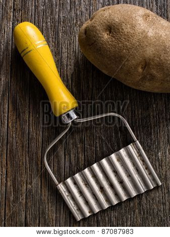 Hand Crinkle Cut Potato Chipper