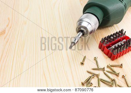 Electric Screwdriver And Screws