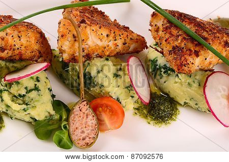 Fish In Breadcrumbs With Mashed Potatoes