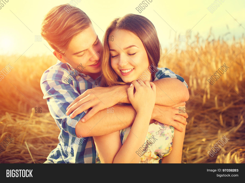 boyfirend and girlfriend