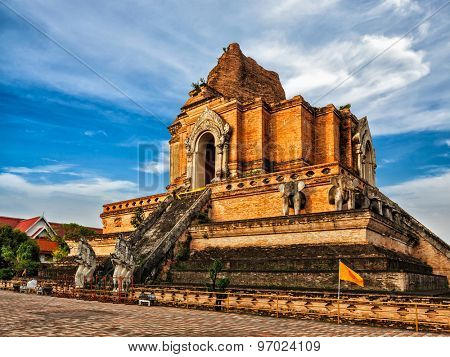 Buddhist temple Wat Chedi Luang. Chiang Mai, Thailand