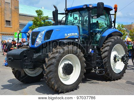 Tractor New Holland T7 Series T7.230