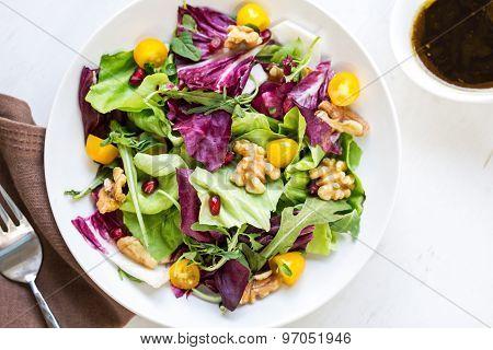 Radicchio With Walnut And Pomegranate Salad