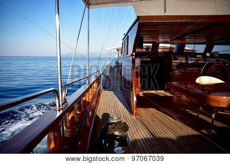 Yacht underway at sea