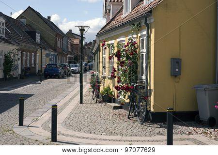 Cobblestone Corner