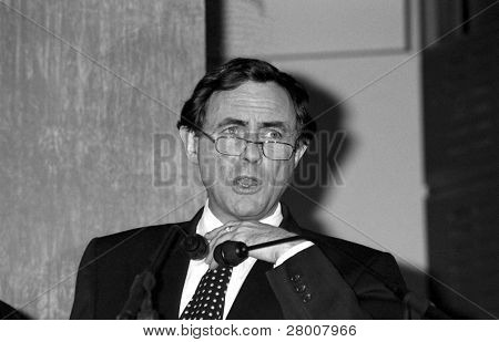 LONDON-FEBRUARY 19: Professor Newell Johnson, Nuffield Research Professor of Dental Sciences, speaks at a press conference on February 19, 1992.