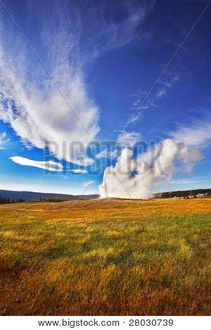 The most well-known of the world geyser in Yellowstone national park - Old Faithful.