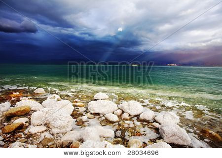 Improbable light effects during a thunder-storm on the Dead Sea