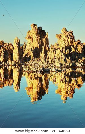 Fabulously beautiful Mono Lake with fantastic reef-Tufa. Sunset