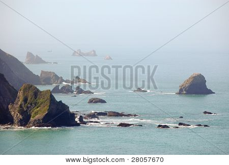 pacific ocean coastal rock formations