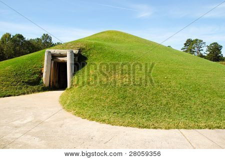 Ocmulgee National Monument native american indian mounds