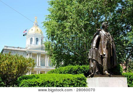 Franklin Pierce statue