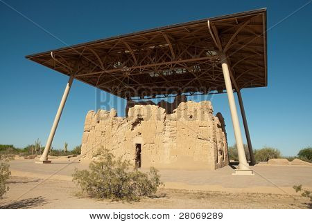 Casa Grande Ruins National Monument adobe ruins and protective overhang