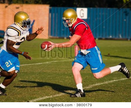 Football Handoff