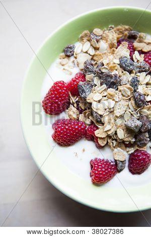 Musli andRaspberries