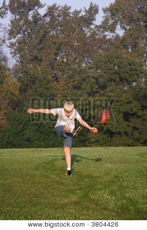 Punt der Fußball