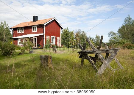 Life in the country, Falu red paint.
