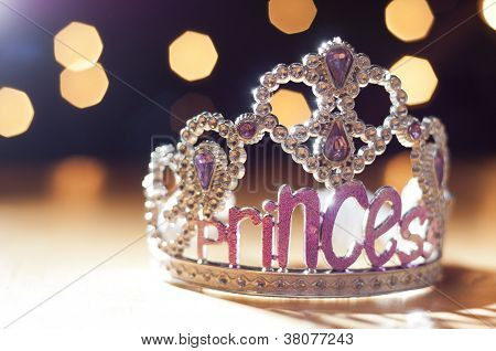 Princess tiara toy