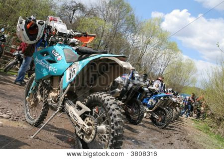 Rally Bikes Befor Start