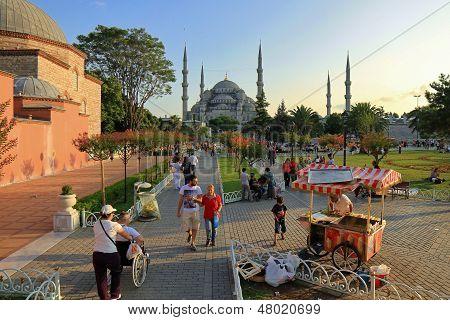 Sultanahmet Square on Ramadan