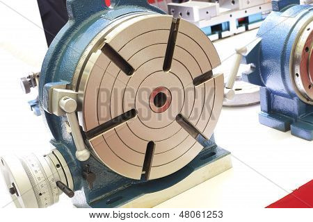 Powerful Industrial Equipment Rotary Table