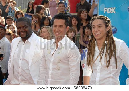 Chikezie Eze with David Hernandez and Jason Castro  at the American Idol 2008 Grand Finale. Nokia Theatre, Hollwyood, CA. 05-21-08