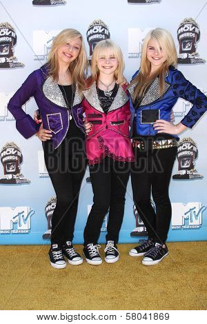 Clique Girlz  at the 2008 MTV Movie Awards. Gibson Amphitheatre, Universal City, CA. 06-01-08