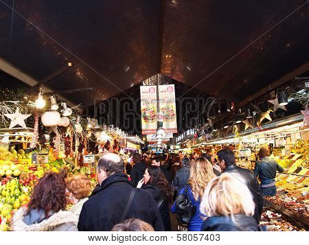 Tourists in famous La Boqueria market