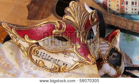 carnival mask with music