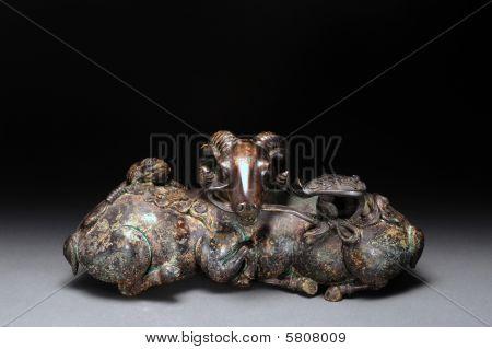 Antique Bronze Sheep