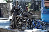 stock photo of molly  - statue of Molly Malone  - JPG