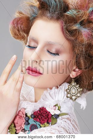 Vogue Style. Daydreaming Nifty Woman With Closed Eyes