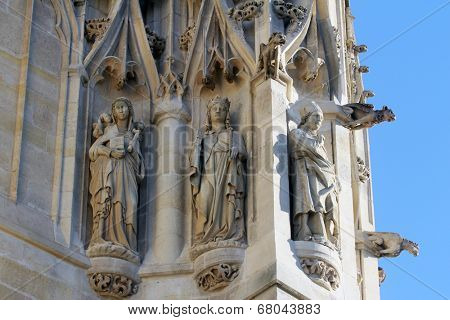 PARIS, FRANCE - NOV 06, 2012: Statues of Saint, St-Jacques Tower is 52-meters (171 ft) Flamboyant Gothic tower is all that remains of the former 16th-century Church of Saint-Jacques-de-la-Boucherie