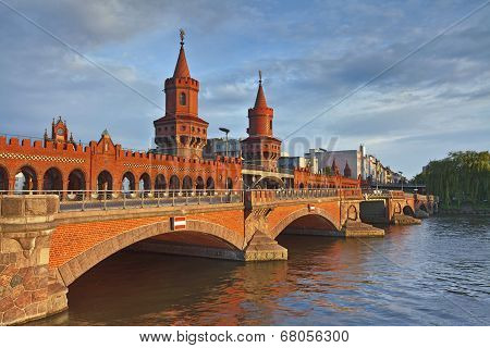 Oberbaum Bridge, Berlin.