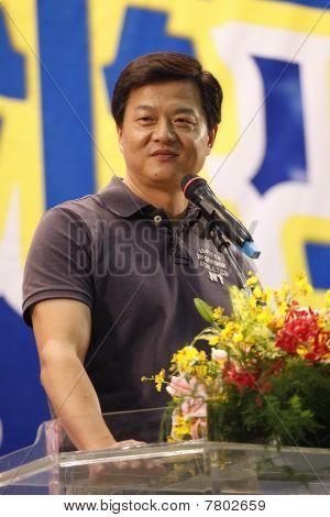 Chou Hsi-wei