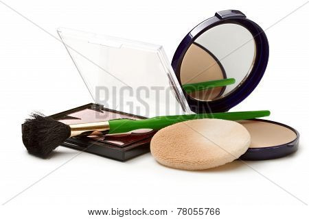 Make Up Powder In Box And Make Up Brush