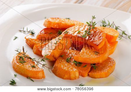 Baked Sweet Potato Wedges With Fresh Thyme