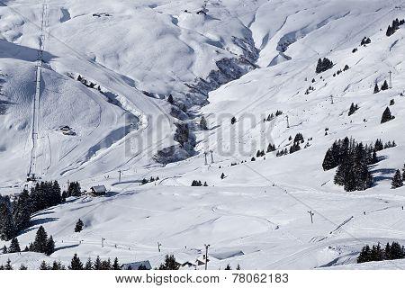 Snowy ravine Les Crozets