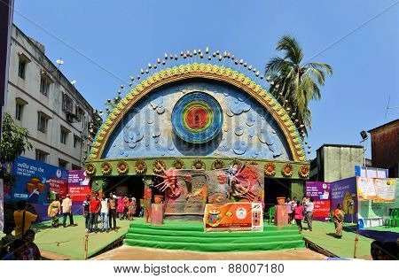 Pandal, temporary temple dedicated to Hindu godess Durga, Kolkata