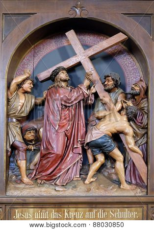 BAD ISCHL, AUSTRIA - DECEMBER 14: 2nd Stations of the Cross, Jesus is given his cross, parish church of St. Nicholas in Bad Ischl, Austria on December 14, 2014.