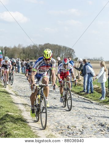 The Peloton- Paris Roubaix 2015