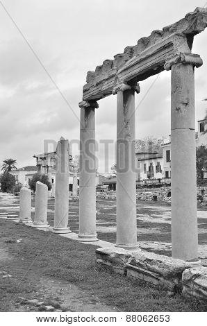 Columns in Agora