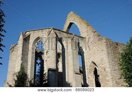 Ruin Of An Old And Picturesque Church In Visby