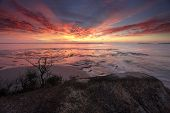 pic of horizon  - Spectacular sunrise over Plantation Point Vincentia - JPG