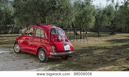 Fiat 500 Decorated For A Wedding
