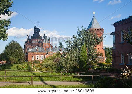 Shamordino. Kazan Amvrosiyevskaya female monastery. Kazan Cathedral.