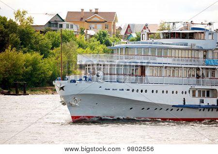 White River Cruise Boat