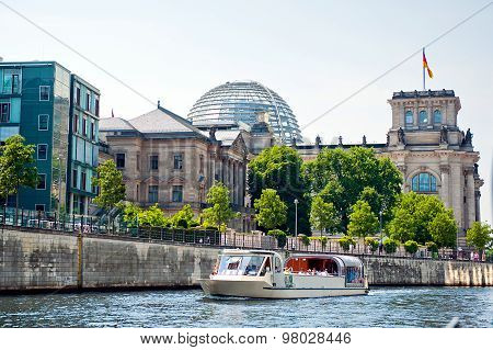 reichstag view from spree river surface, Berlin - Germany